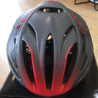 メット(MET)のJCF公認ヘルメット【メットリヴァーレHES M54~58cm】ブラックシェード(ウエア)