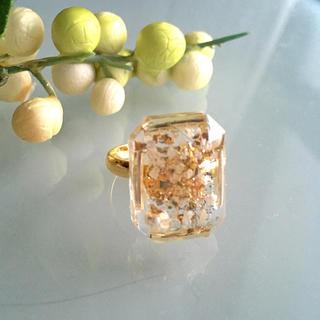 スクエア型ダイヤカットリング  ホワイト(リング(指輪))