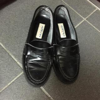 ロキエ(Lochie)のHARUTA 黒ローファー(ローファー/革靴)