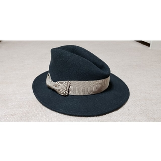 マウジー(moussy)の新品 MOUSSY シンプル中折れハット帽子 ブラック×ベージュ F(ハット)