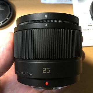 パナソニック(Panasonic)のLumix 25mm f1.7 単焦点レンズ(レンズ(単焦点))