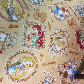 ディズニー(Disney)のディズニープリンセス♡センターラグ ラグマット カーペット 三畳用(ラグ)