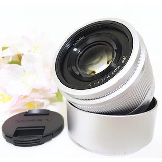 パナソニック(Panasonic)のセール❤️新品 Panasonic 単焦点レンズ 25mm 美しいボケ感(レンズ(単焦点))