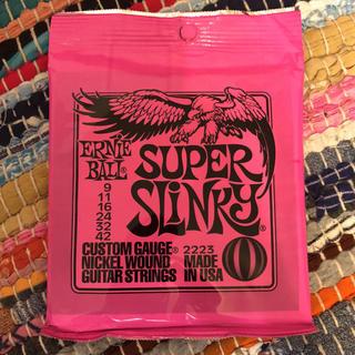 ERNIEBALL/ Super Slinky  2223(弦)