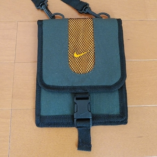 ナイキ(NIKE)のナイキ ショルダー財布 (折り財布)