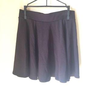 エイチアンドエム(H&M)のH&M バックジップ黒スカート(ミニスカート)