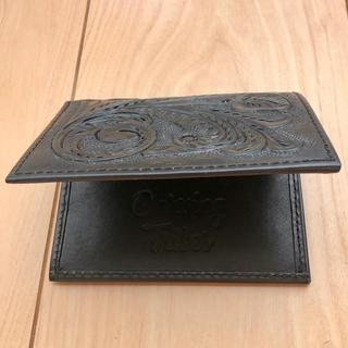 グレースコンチネンタル(GRACE CONTINENTAL)のカービングトライブス カードケース ミニ財布 黒(パスケース/IDカードホルダー)