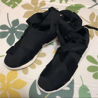 ザラ(ZARA)のZARA リボン靴 未使用新品(スニーカー)
