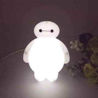 ディズニー(Disney)のベイマックス  ナイトライト コンセントタイプ(蛍光灯/電球)