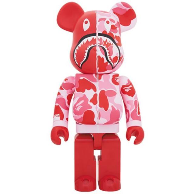 BAPE(R) CAMO SHARK BE@RBRICK 400% pink エンタメ/ホビーのフィギュア(その他)の商品写真