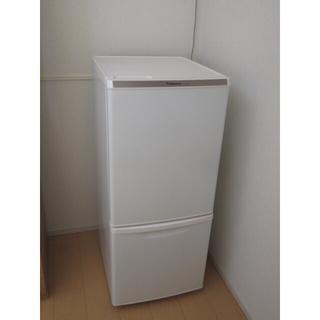 パナソニック(Panasonic)のパナソニック 冷蔵庫 NR-B146W ホワイト(冷蔵庫)