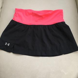 アンダーアーマー(UNDER ARMOUR)のランニングスカート(ランニング/ジョギング)