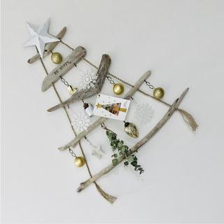 流木ツリー☆*:.。. 西海岸インテリア 壁掛けクリスマスツリー (インテリア雑貨)