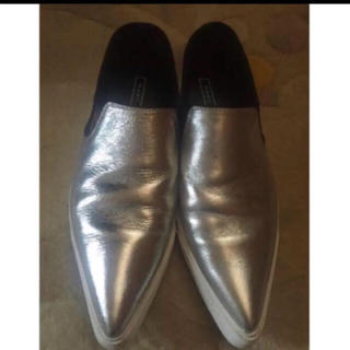 マークジェイコブス(MARC JACOBS)のマークジェイコブス  シルバー シューズ(ローファー/革靴)
