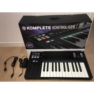 KOMPLETE KONTROL S25(キーボード/シンセサイザー)