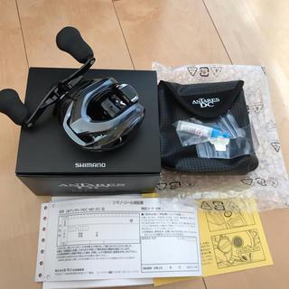 シマノ(SHIMANO)の18アンタレスDC MD XG右巻き新品未使用、無記入保証書付き(リール)