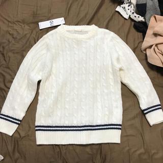 ジーユー(GU)のケーブル編み ニット ホワイト タグ付き(ニット)