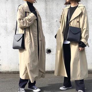 ジーユー(GU)の左 GU ステンカラーコート(ステンカラーコート)