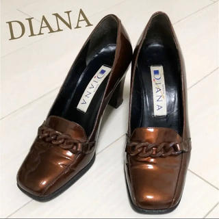 ダイアナ(DIANA)の美品!定価16800円 DIANA 21.5 日本製 ブラウン パンプス(ハイヒール/パンプス)