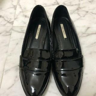 ザラ(ZARA)のZARA パテントローファー エナメル 35 22 22.5 S(ローファー/革靴)