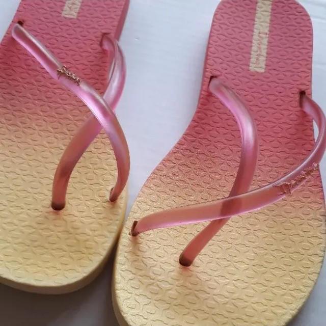 havaianas(ハワイアナス)ののあのあ9605様専用★   ビーチサンダル&ブルーべっ甲風ヘアゴム レディースの靴/シューズ(ビーチサンダル)の商品写真