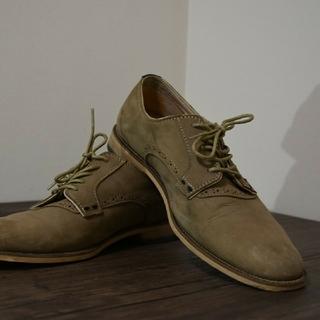 ザラ(ZARA)のZARA (ザラ) 革靴 ベージュ ウイングチップ(ドレス/ビジネス)
