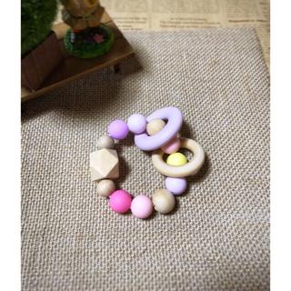 紫リングの歯固めリング☻*女の子カラー♡名入れ出来ます☺︎(がらがら/ラトル)