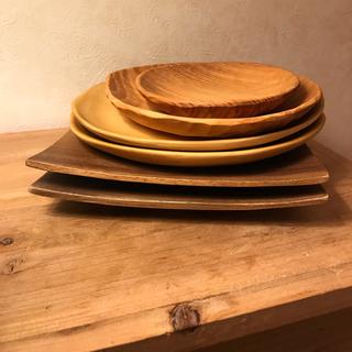 キャトルセゾン(quatre saisons)の【lala3様専用】木製プレートセット(食器)