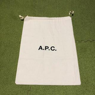 アーペーセー(A.P.C)の1時間限定価格!A.P.C ポーチ(ポーチ)