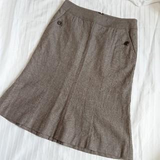 バーバリー(BURBERRY)のバーバリー ロンドン ラメスリット フレアスカート 36(ひざ丈スカート)