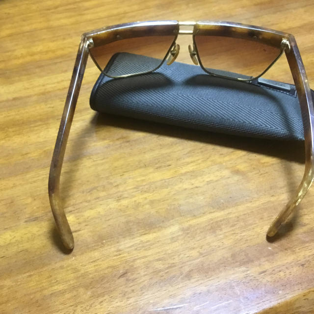 Gianni Versace(ジャンニヴェルサーチ)のサングラス メンズのファッション小物(サングラス/メガネ)の商品写真