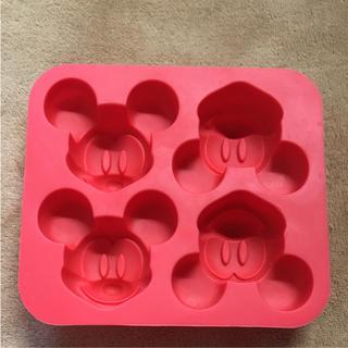 ディズニー(Disney)のミッキーのシリコンカップ(調理道具/製菓道具)