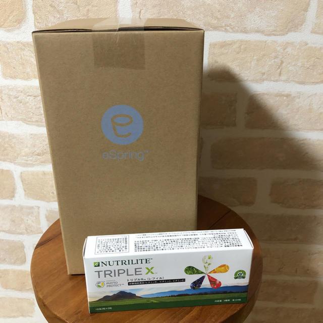 Amway(アムウェイ)のジープ様専用  アムウェイ浄水器フィルター+トリプルX インテリア/住まい/日用品のキッチン/食器(浄水機)の商品写真