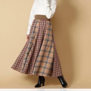 アンドクチュール(And Couture)の西野カナ MV 着用 アンドクチュール ベージュ スカート(ロングスカート)