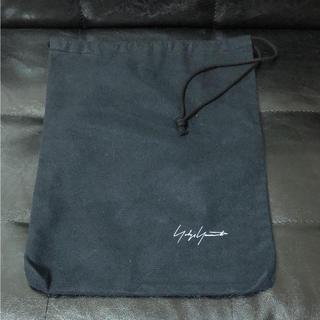 ヨウジヤマモト(Yohji Yamamoto)のロゴ入り シューズ袋 ヨウジヤマモト(その他)