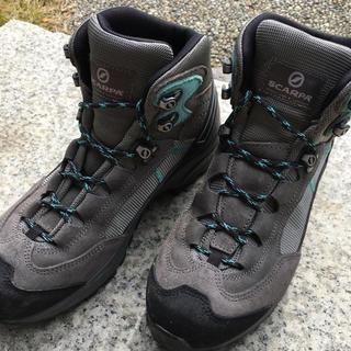 スカルパ(SCARPA)の登山用靴(登山用品)