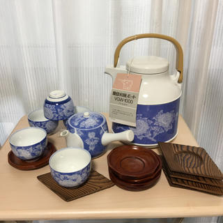 ゾウジルシ(象印)の象印 和風ポットと 有田焼 お急須、お湯呑み5個+お茶托 5枚(食器)