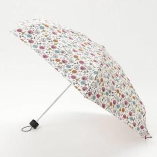 キウ(KiU)の新品未使用★KIU 折りたたみ傘 グラフィティフラワー コンパクト 超軽量(傘)
