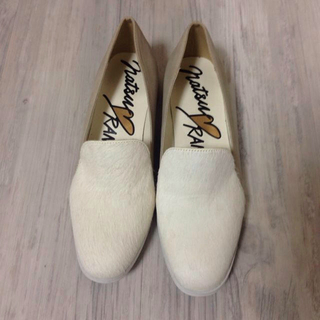 ランダ(RANDA)のRANDA パンプス ホワイト M(ローファー/革靴)