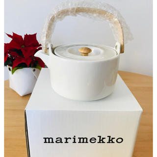 マリメッコ(marimekko)の新品 マリメッコ オイヴァ ティーポット 正規品 送料込(食器)