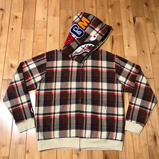 アベイシングエイプ(A BATHING APE)のNW15周年記念 ラブジェネチェック シャークパーカー bape hoodie(パーカー)