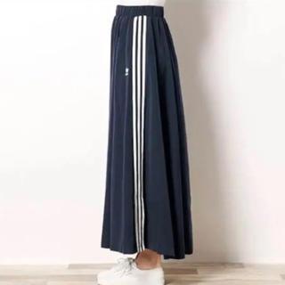 アディダス(adidas)のアディダス  ロングスカート 別注 3stripe long skirt(ロングスカート)
