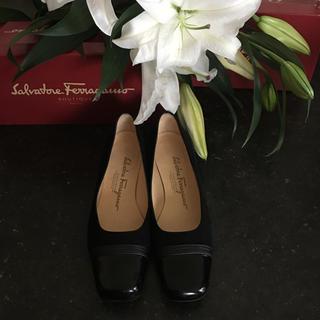 サルヴァトーレフェラガモ(Salvatore Ferragamo)のフェラガモの上質でとても上品で可愛いお靴(その他)