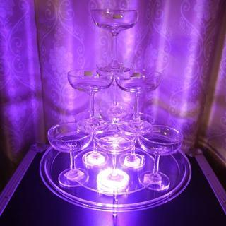 光るシャンパンタワー シャンパングラス LEDステージライト セット ①(アルコールグッズ)