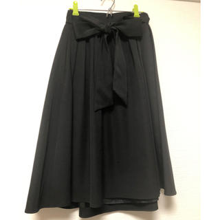 アンドクチュール(And Couture)のアンドクチュール リボン付きフレアスカート ブラック(ひざ丈スカート)