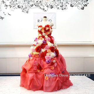ウエディングドレス(パニエ無料) フラワーピンクドレス/ラメスカート 披露宴/二(ウェディングドレス)