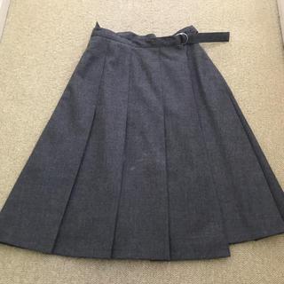アイアイエムケー(iiMK)のIIMK プリーツスカート 丈55センチ グレー 毛100%(ひざ丈スカート)
