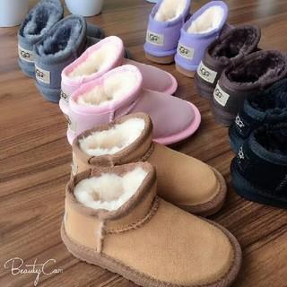 アグ(UGG)のUGG  子供の雪靴 (スニーカー)