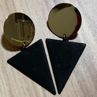 アクセサライズ(Accessorize)のアクセサライズ  ピアス ゴールド 三角 フープ 大振り(ピアス)