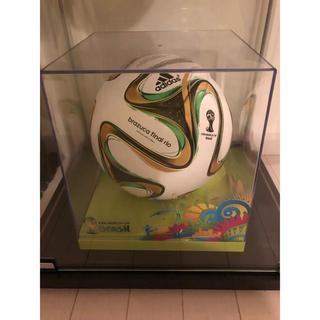 アディダス(adidas)のサッカーボール 印字球 ブラジルワールドカップ 世界で200球 激レア(ボール)